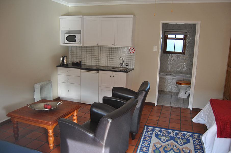 Robin's Nest Self Catering Guest House, Room 2, Kitchen and Bathroom